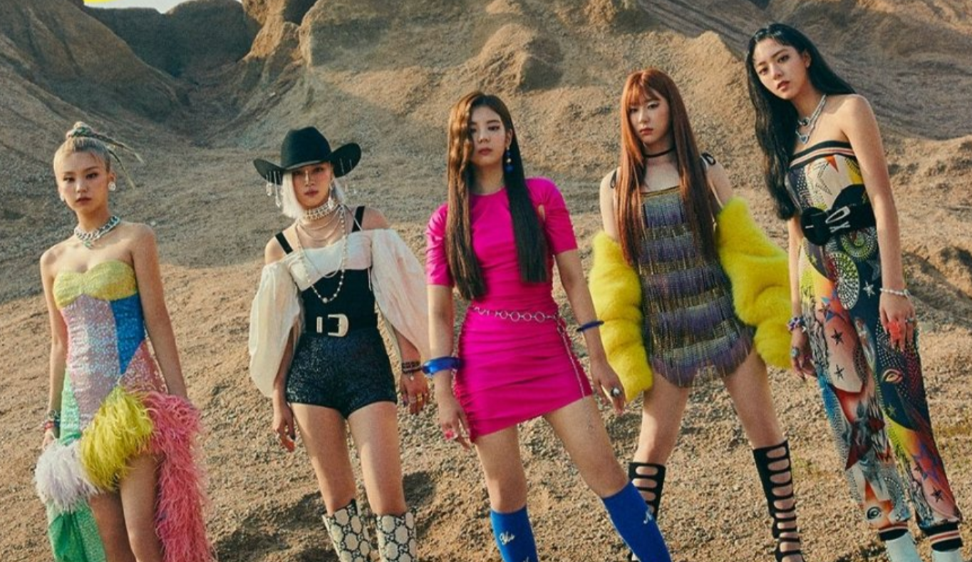 """ITZY new song """"Not Shy"""" MV released! Focus on the lyrics that express the feelings of a girl !! 